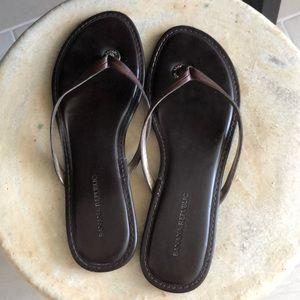 Banana Republic brown flip-flops
